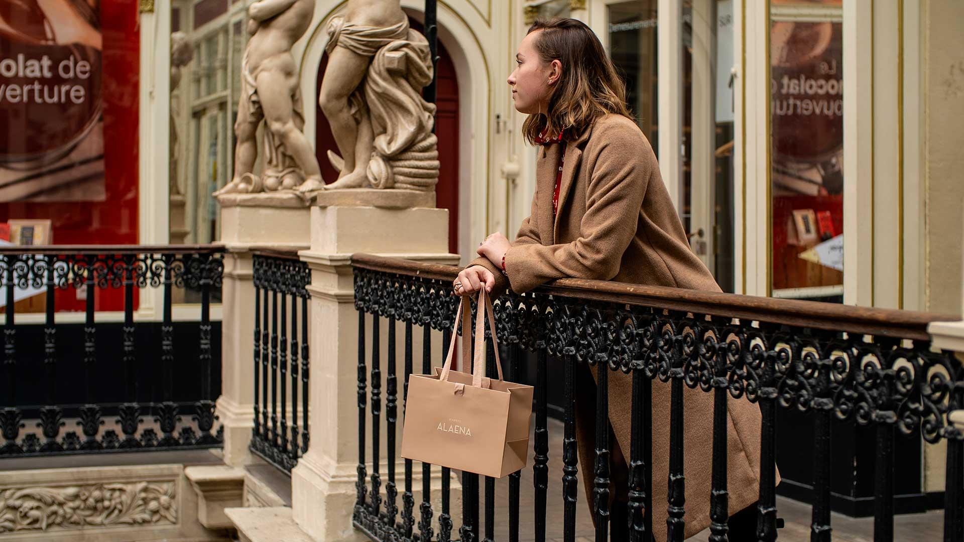 Pack-e luxury bag